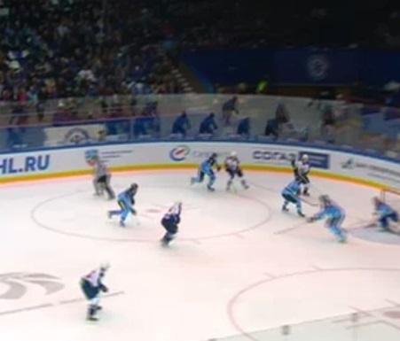 ХК «Торпедо» проиграло «Сибири» вматче чемпионата КХЛ